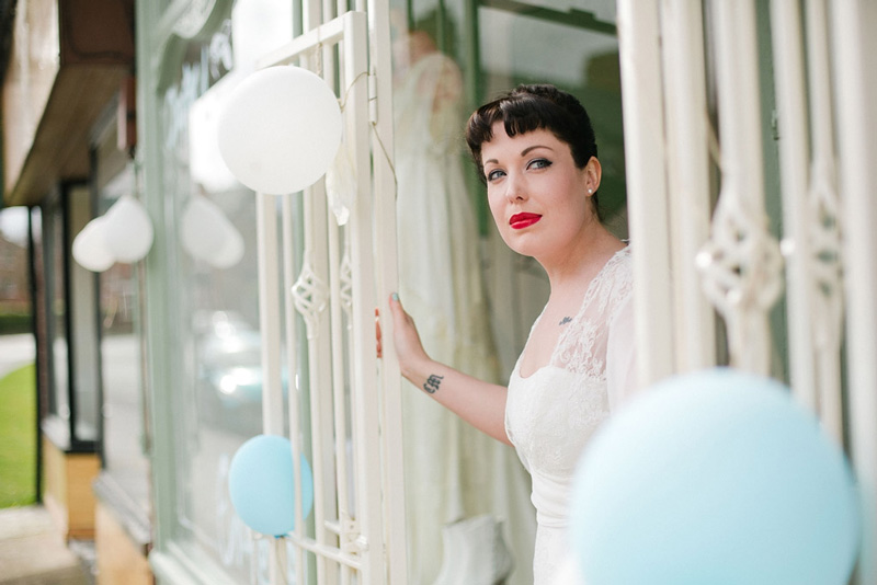 Vintage Wedding Dress Shop // The Case Of The Curious