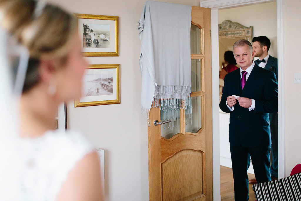 the father of the bride sees his daughter for the first time