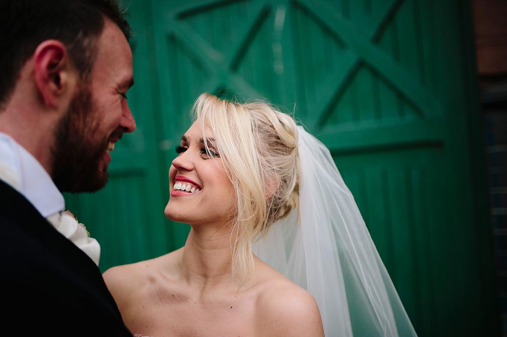 Adele smiles at Ian.