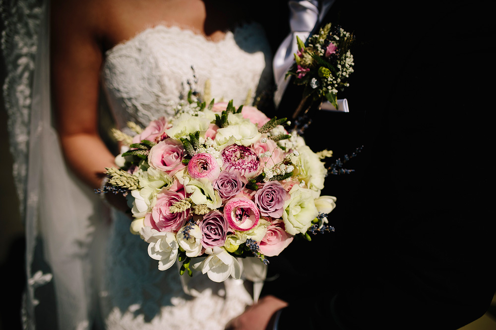 The bride's stunning bouquet.